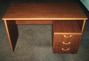 Распродаю срочно офисную мебель б/у.