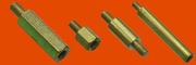 Стойка установочная крепежная шестигранная с резьбовыми концом и отвер